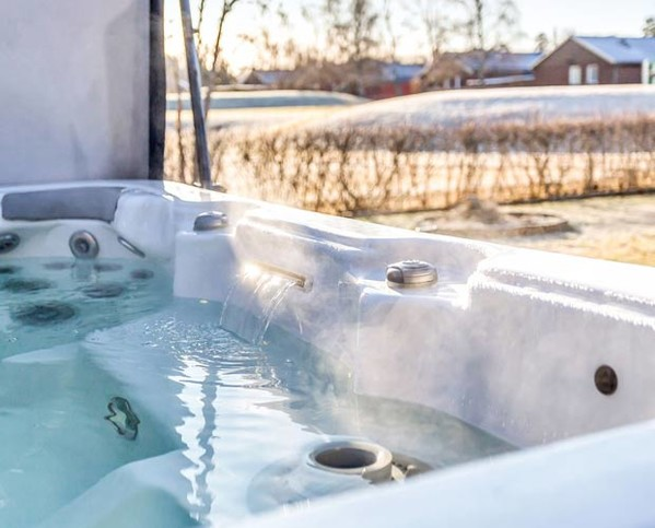 jacuzzi bain remous 50 jets rigide rectangle privatif achat